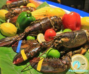 Dinner buffet by the beach, cozy atmosphere at Le Méridien Phuket Beach Resort
