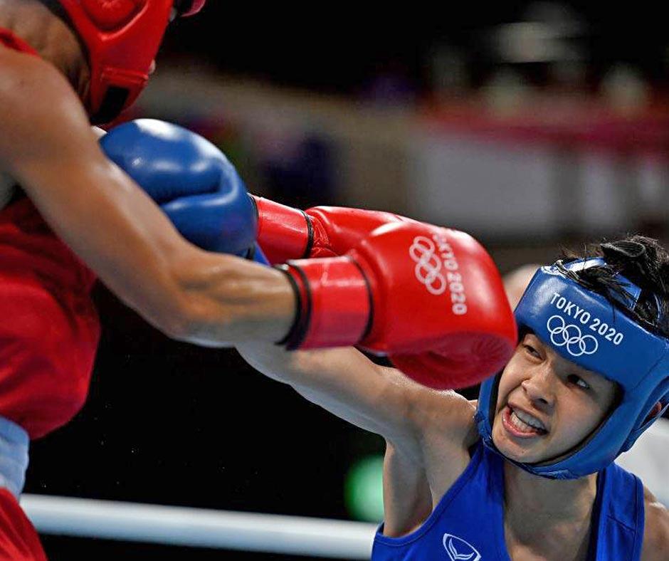 Jutamas demolishes Filipino to join Chatchai-Decha in shot at boxing medal